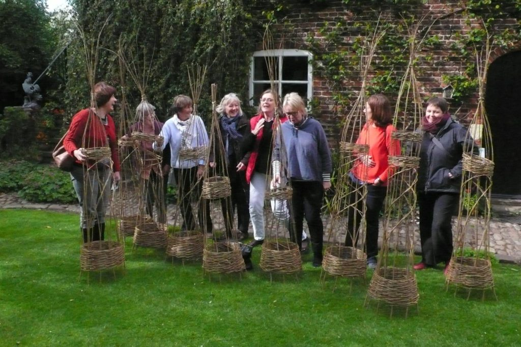 willow obelisk workshop